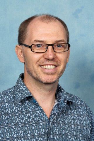 Jonathan Petersen (Senior / Middle School)